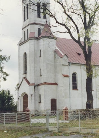 Kościół parafialny w Smogorzewie
